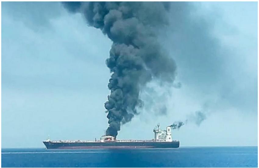 ओमान की खाड़ी में तेल टैंकर पर हमला