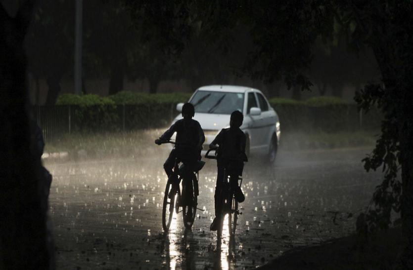 Pre Monsoon 2019  : इन गांवोंं व कस्बोंं में लगातार बरसे बदरा, 1 से 4 इंच बारिश हुई दर्ज