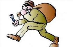 सराफा की दुकान से नकदी समेत लाखों के जेवर चोरी