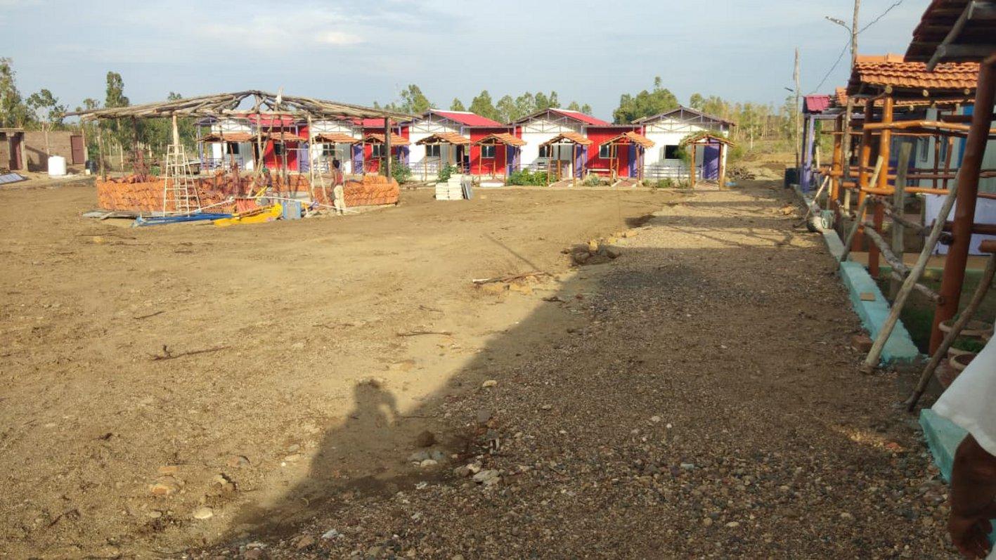 जड़ी-बूटी उद्यान के साथ विकसित किया जा रहा योग ध्यान केन्द्र
