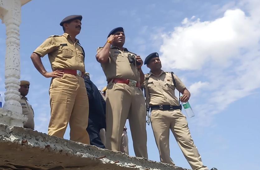 बड़ी खबर : राजस्थान और मध्यप्रदेश बॉर्डर पर पुलिस और डकैतों के बीच फायरिंग, एक डकैत गिरफ्तार