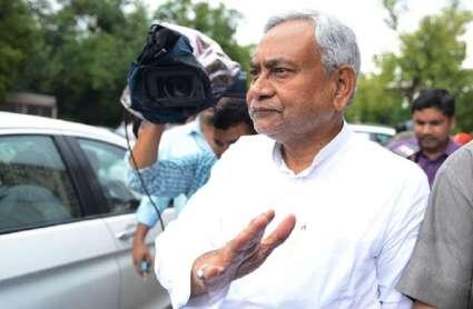 Bihar Heatwave: CM नीतीश कुमार ने अस्पताल जाकर लू पीड़ितों से की मुलाकात