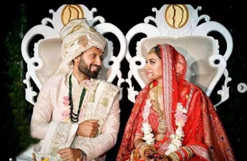 शादी के बाद संसद पहुंची बांग्ला स्टार नुसरत जहां और मिमी