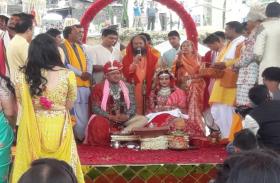अजय गुप्ता के बेटे सूर्यकांत की शाही शादी औली में संपन्न,इन मश्हूर हस्तियों से आबाद रही महफिल