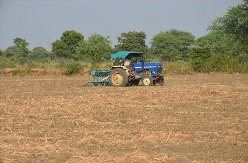 मानसून में हो रही देरी से किसानों को सताने लगी चिंता, पढ़ें खबर