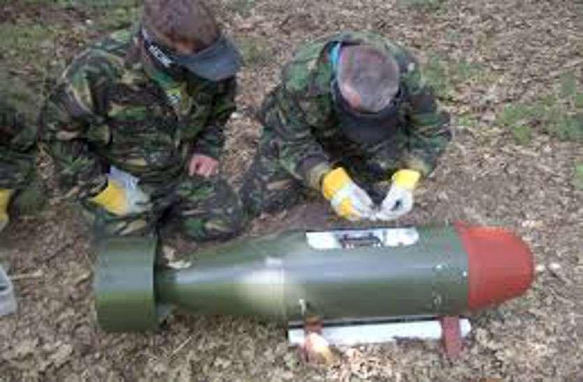 बमों को सेना ने किया निष्क्रिय