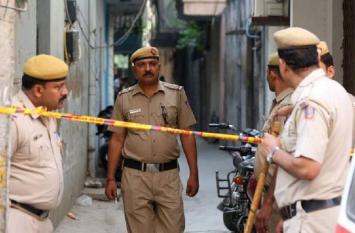 दिल्ली: वसंत एंक्लेव में ट्रिपल मर्डर, बुजुर्ग दंपति और नौकरानी की बेरहमी से हत्या