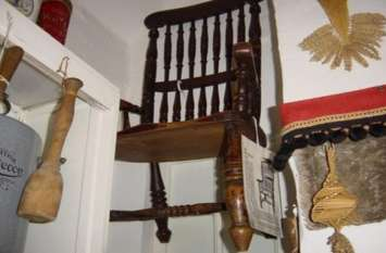 इस कुर्सी पर बैठते ही इंसान की हो जाती है मौत, अब तक 63 लोगों ने गंवाई है जान