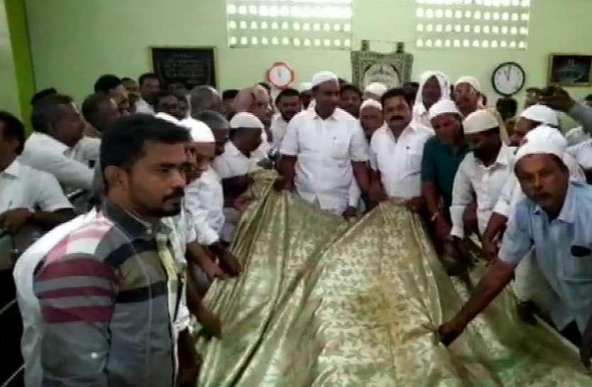 तमिलनाडु जल संकट: राज्य सरकार ने बारिश के लिए ईश्वर से की प्रार्थना, दरगाह में चढ़ाई चादर