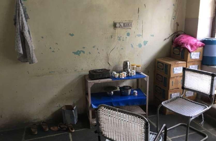 चाय उबाल की इलेक्ट्रिक सिगडिय़ां फूंक रही दशकों पुराने बिजली के तार