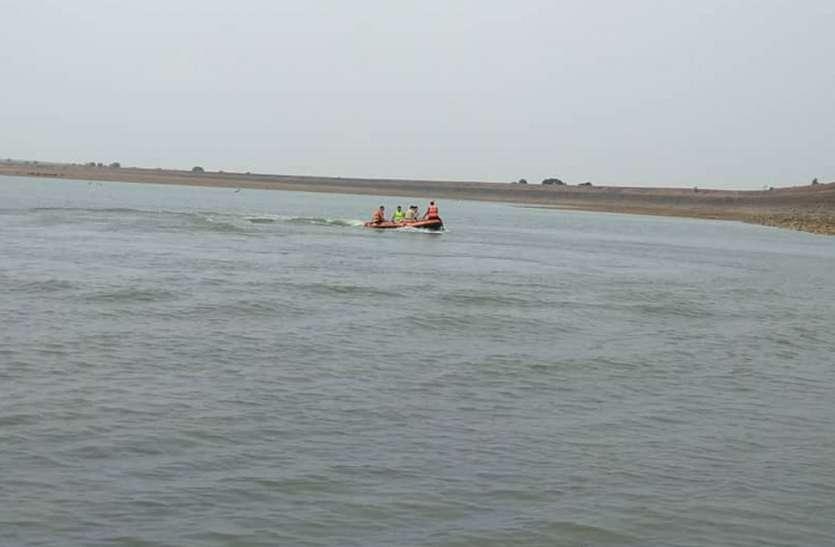 28 घंटे चला रेस्क्यू ऑपरेशन, तब मिला नदी में डूबे किशोर का शव