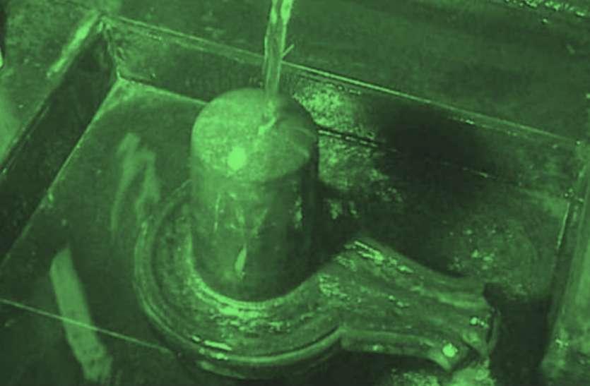 यहां मां गंगा खुद करती हैं शिवजी का जलाभिषेक