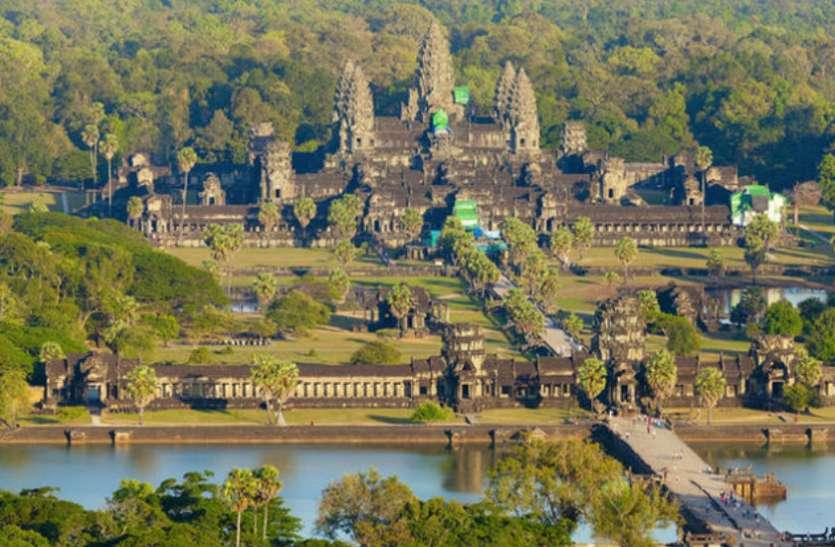 यहां है दुनिया का सबसे बड़ा हिंदू मंदिर, ढलता सूरज करता है प्रणाम