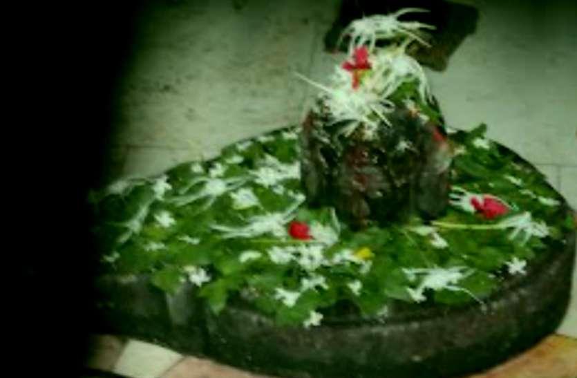 इस मंदिर में सोमवार नहीं, बुधवार को होती है भगवान भोलेनाथ की विशेष पूजा