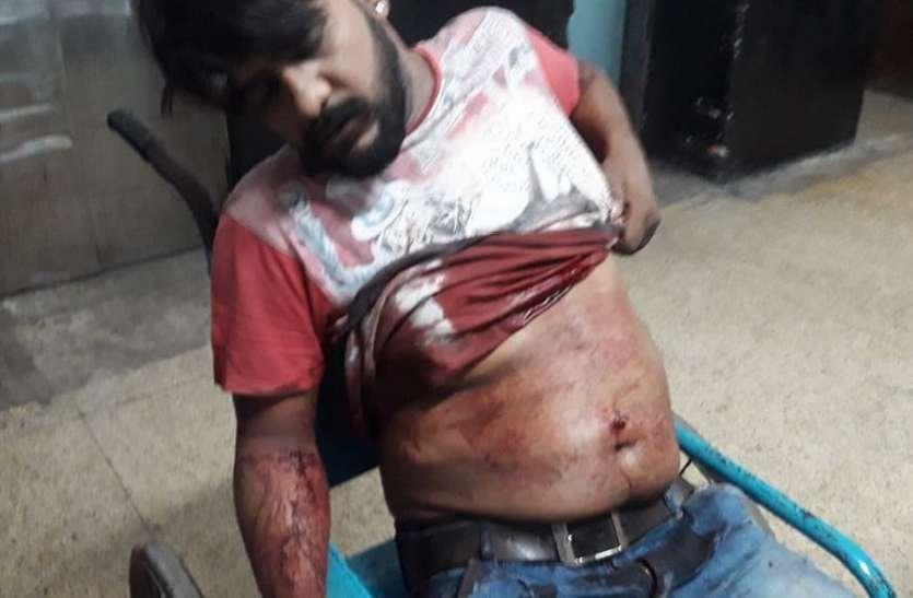 mother firiing on son who qurrel his wife : बहू को गाली देने पर पुत्र को मारी गोली, मां गिरफ्तार