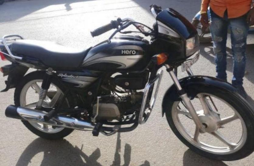 Hero Splendor निकली सबसे आगे Honda Activa ने बेचे महज इतने यूनिट्स