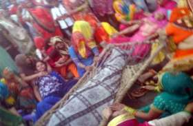 छेड़छाड़ का विरोध करने पर दलित परिवार के चार लोगों को गाड़ी से रौंदने को पुलिस ने दिया दुर्घटना का रूप