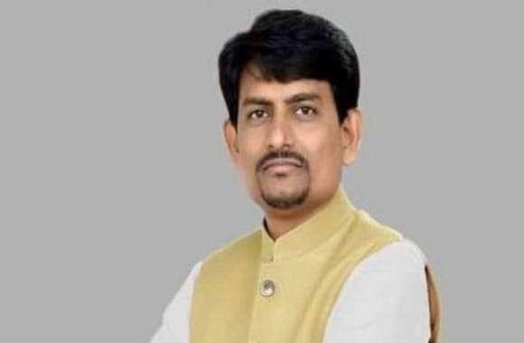 अल्पेश ठाकोर को विधायक पद से अयोग्य घोषित कराने कांग्रेस पहुंची हाईकोर्ट