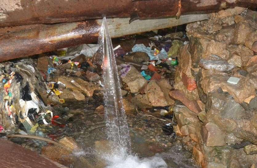 अजमेर में बह जाता है हजारों लीटर पानी