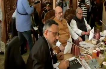 गृह मंत्री अमित शाह कश्मीर के दो दिवसीय दौर पर रवाना,  सुरक्षा स्थितियों का लेंगे जायजा