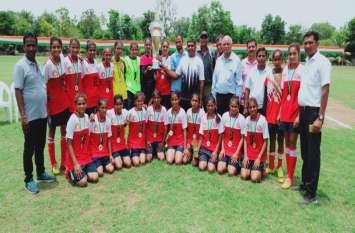 Gujarat Girls Football पाटण जिला गल्र्स फुटबॉल टीम का रिकॉर्ड,अंतर जिला स्पर्धा के तीन टूर्नामेंट पर किया कब्जा