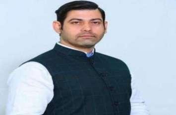हरियाणा: कांग्रेस नेता विकास की हत्या से 'बेखबर' खट्टर, राहुल ने कहा- बिगड़ती कानून व्यवस्था का आईना