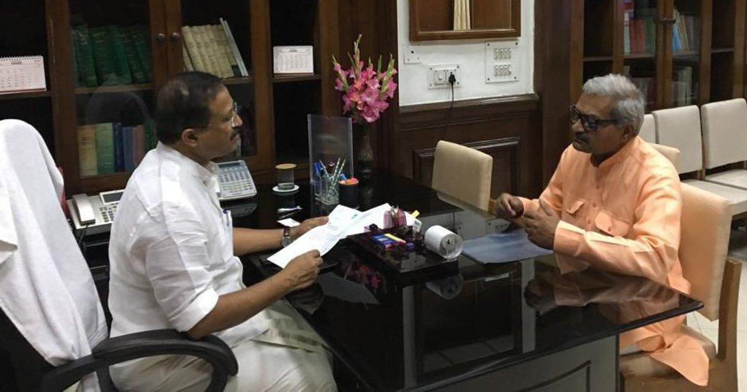पाकिस्तान की जेल में बंद रीवा के युवक की रिहाई के लिए विदेश मंत्री से मिले सांसद