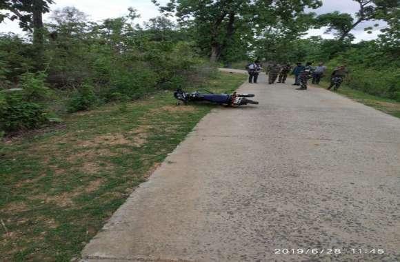 Bijapur Naxal Attack : अपडेट -बीजापुर मुठभेड़ में दो जवान शहीद, एक घायल, मेकॉज लाने की तैयारी
