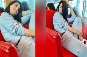 काउच पर बैठे, स्वैग भरे अंदाज में दिखी हिना खान, देखें तस्वीरें
