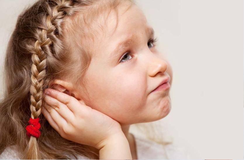 Ear pain: कान के पर्दे में संक्रमण से बढ़ता है सूजन व दर्द
