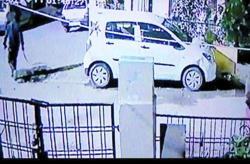 आधी रात को सुदामानगर में हथियार लेकर घूमते रहे बदमाश, कई घरों के लिए फोटो, फिर हुआ ये...