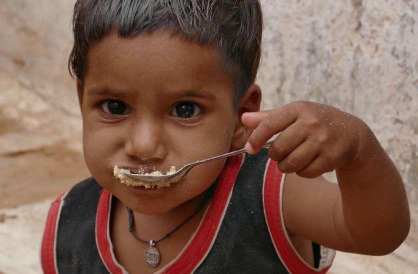 Malnourished : सरकारी पोषण का नहीं फायदा, चार माह से स्वस्थ और कुपोषित बच्चों का आंकड़ा स्थिर
