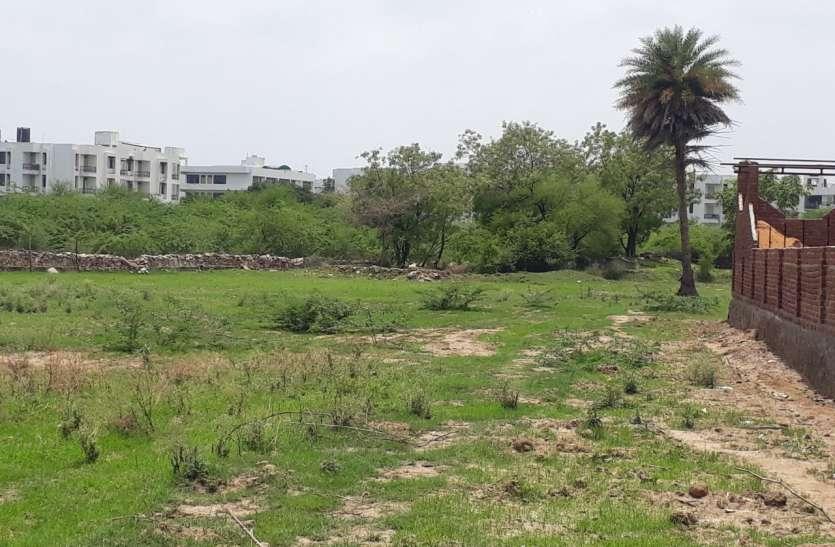 अगर नहीं बचाया तो उदयपुर का 400 वर्ष पुराना यह तालाब खो देगा अपना अस्तित्व