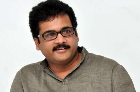 तेलुगु अभिनेता शिवाजी हैदराबाद हवाई अड्डे से धरे गए,जालसाजी के मामले में हैं आरोपी