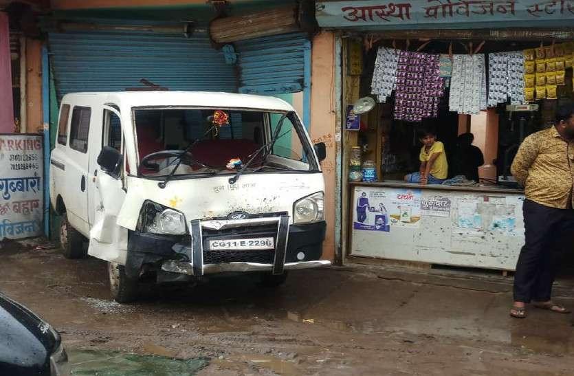 school van driver create ruckus in city meets accident dozen injured