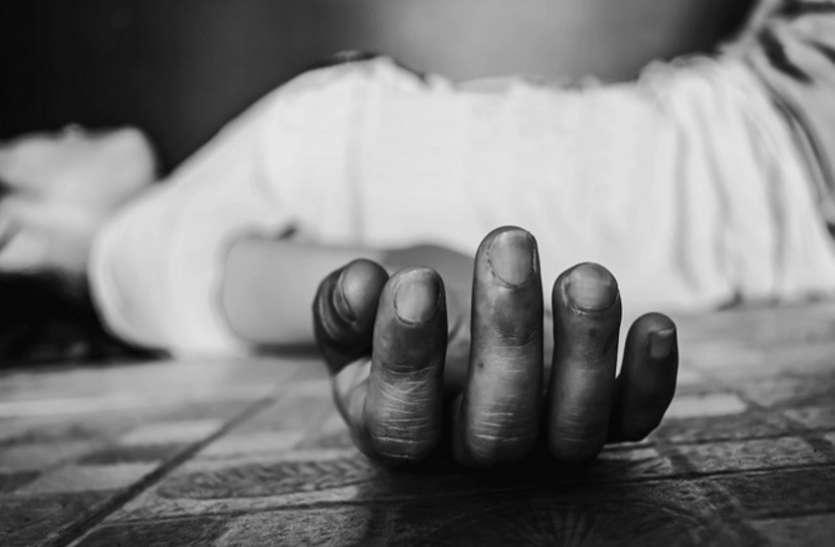 पड़ोसी के साथ विवाद, युवक की धारदार हथियार से हत्या
