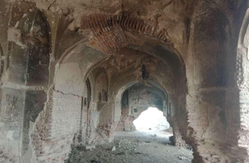 VIDEO: इस 'महल' के टूटते ही समाप्त हो जाएगा 'चन्द्र नगर' का नाम, पढ़िए पत्रिका की ये स्पेशल खबर