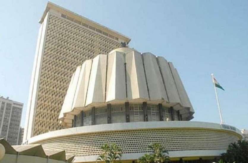 mumbai politics: सेवन इलेवन क्लब के लिए काटे गए मैंग्रोव: आव्हाड