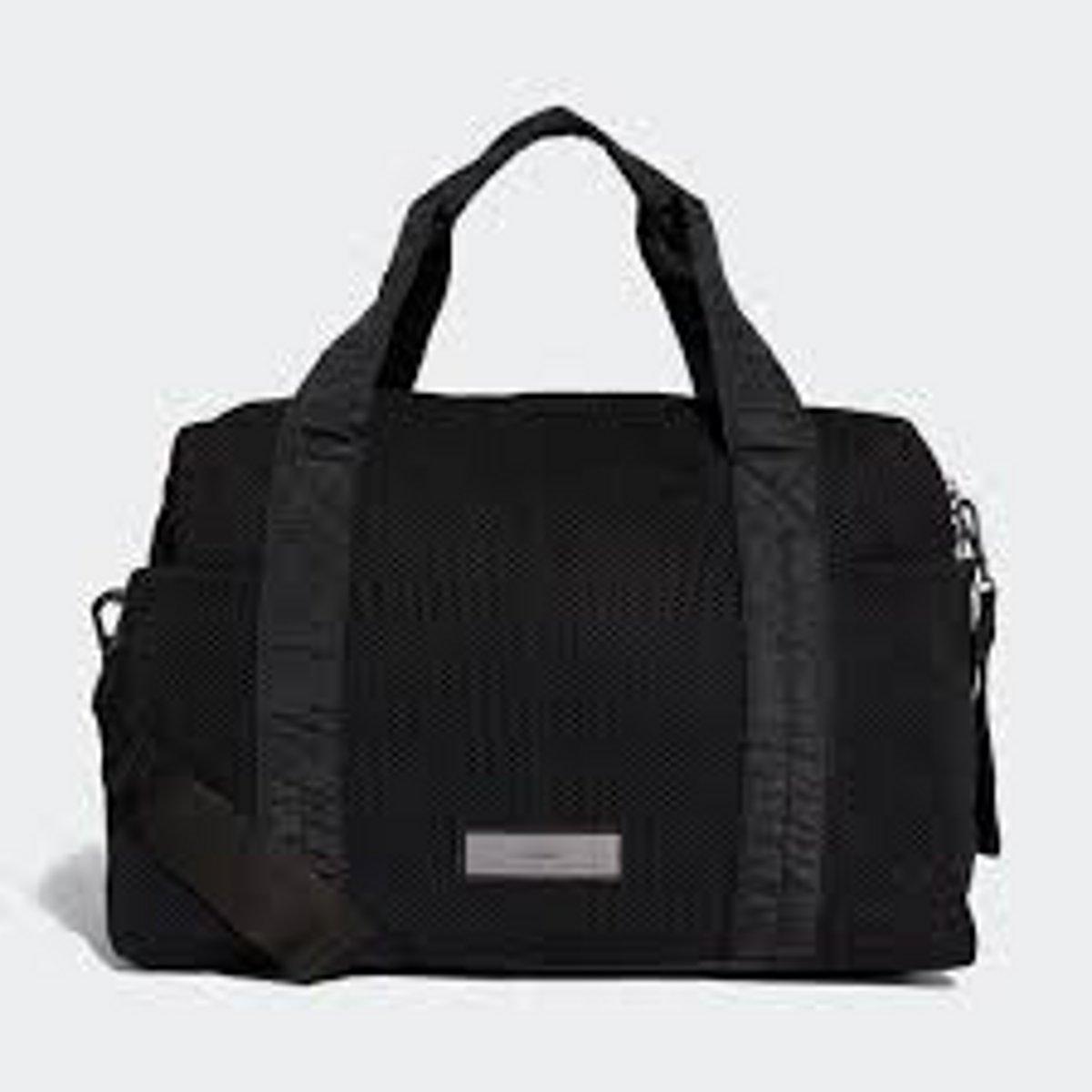 आयकर अधिकारी के घर से रुपयों से भरा बैग गायब