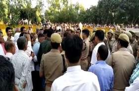 उपचुनाव में बूथ कैपचरिंग को लेकर BJP नेता पर लगा प्रधान पुत्र की हत्या का आरोप