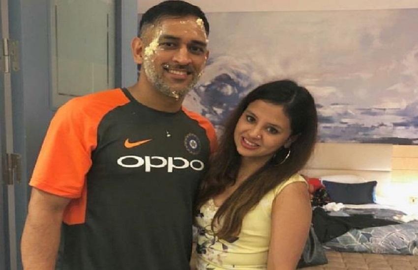 Happy Birthday Dhoni: इन रोचक बातों के लिए भी जाने जाते हैं महेंद्र सिंह धोनी, जो बनाती है उन्हें सबसे अलग