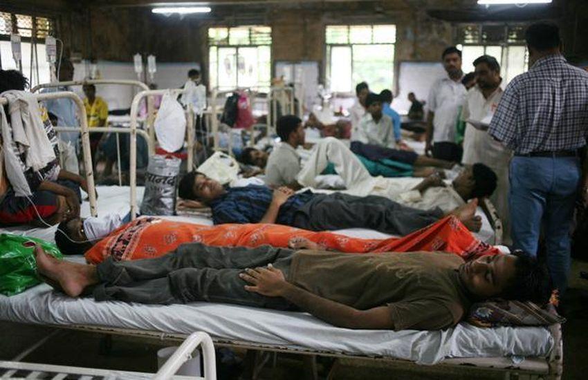 अस्पतालों में बढ़े मरीज, गले का संक्रमण कर रहा परेशान