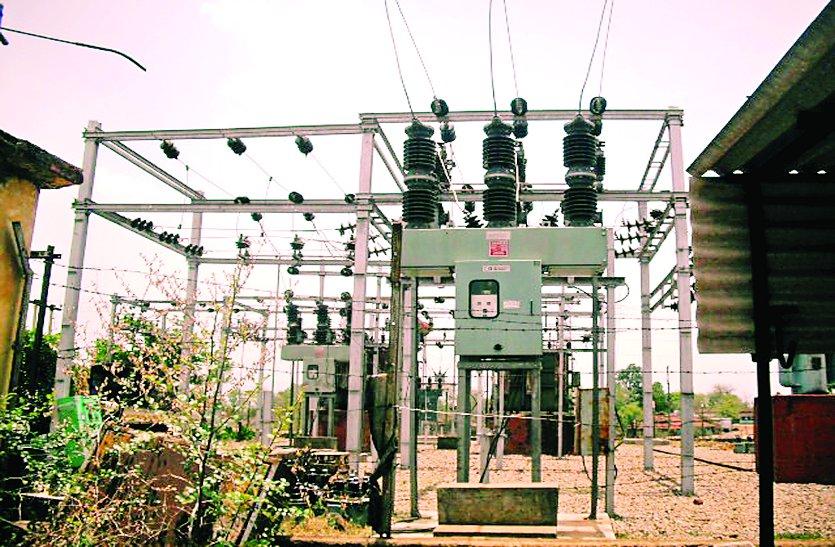 बिजली का तार टूटने से गांवों में दो दिनों से पसरा अंधेरा