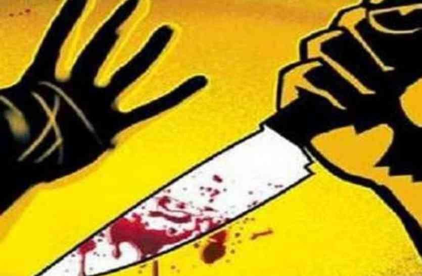शराब के लिए रुपए न देने पर युवक को चाकू मारा