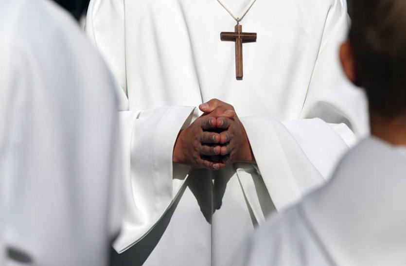 केरल: पादरी पर बॉयज होम के बच्चों के यौन शोषण का आरोप, पुलिस ने किया गिरफ्तार