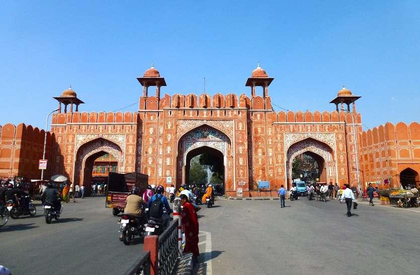 विश्वधरोहर में शामिल हुए 'जयपुर' का रक्षा कवच है कंगूरेदार परकोटा, ये सात दरवाजे सुंदरता में लगाते हैं चारचांद