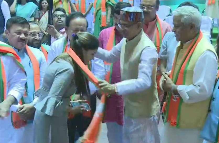 भाजपा में शामिल हुईं डांसर सपना चौधरी, शिवराज सिंह चौहान ने दिलाई सदस्यता