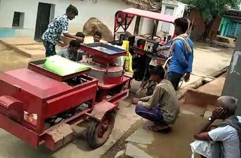 बूंदी जिले के इस गांव में घर-घर पहुंच रही आटा चक्की