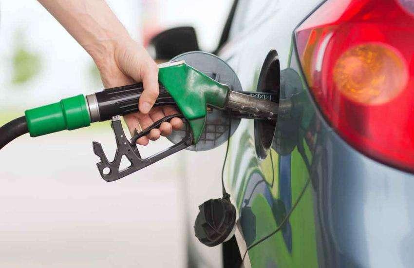 Petrol Diesel Price Today: बजट 2019 के बाद पेट्रोल हुआ सस्ता, डीजल की कीमत में लगातार दूसरे दिन राहत
