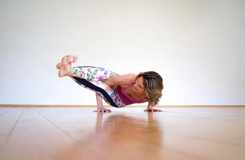 डांस, एरोबिक, स्पोर्ट्स एक्टिविटी का तालमेल है मॉडर्न योग